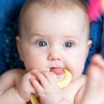 Что нужно знать когда у ребенка режутся зубки?